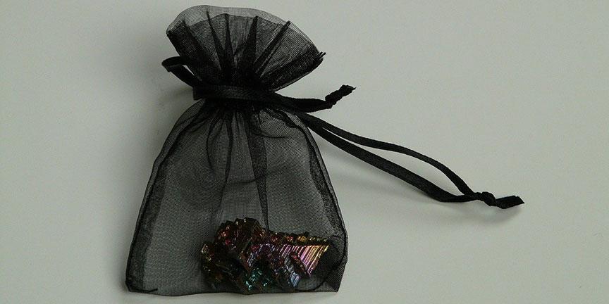 La pochette cadeau : l'emballage indispensable de fin d'année!